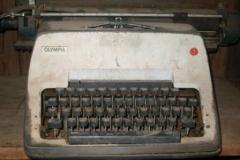 Awgu_Schreibmaschine
